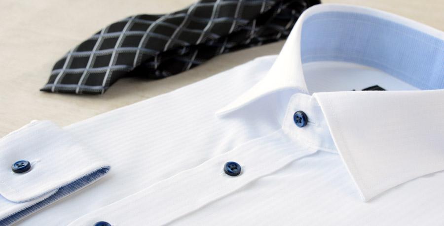 come eliminare il sudore dalle camicie in lavatrice