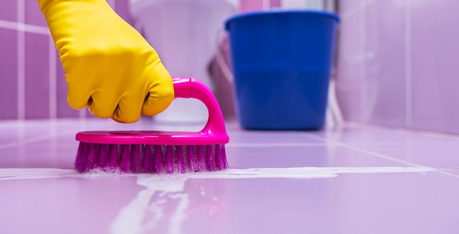 detersivo per lavare al meglio i pavimenti di casa