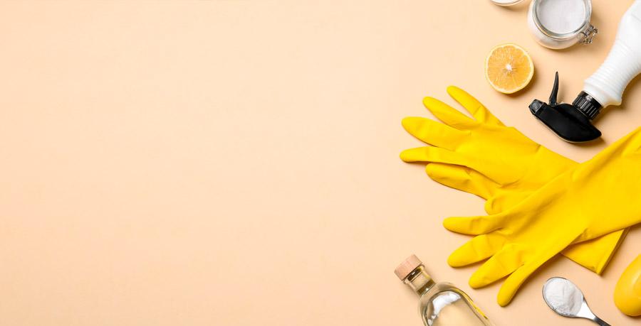 sostanze naturali usate per pulire il pavimento