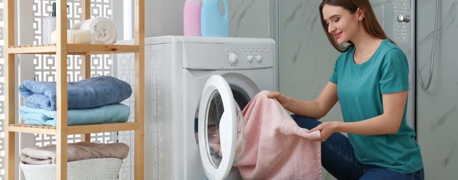 Lavare i tappeti in lavatrice-spugna e poliestere