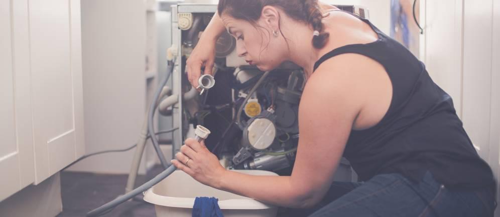 una delle problematiche delle lavatrici è la perdita di acqua